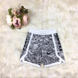 🍍5/$25 NWOT Nike Shorts